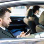 La formation et le salaire d'un chauffeur de maître
