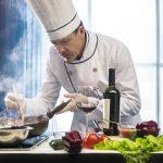 Orientation professionnelle et reconversion : quelle formation suivre pour devenir cuisinier ?