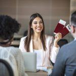 Transport aérien: le salaire d'une hôtesse de l'air